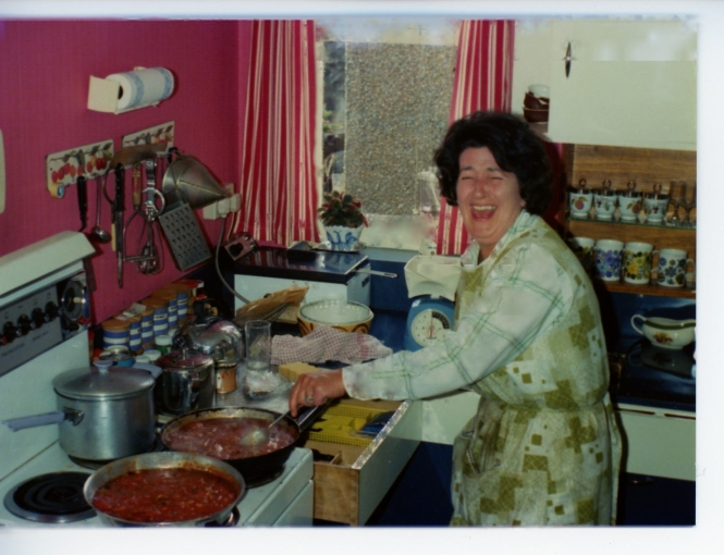 Title page Mum in kitchen